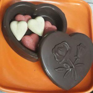 5 Heart Shaped Chocolates Inside Heart Chocolate