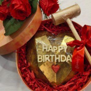 Pinata Cake with hammer