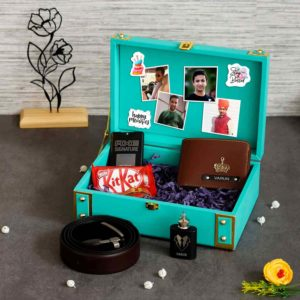 Personalized gifts combo and box